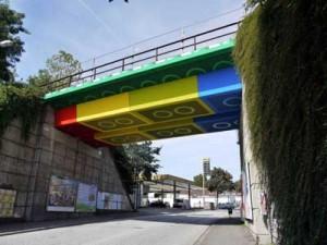 lego-bridge12
